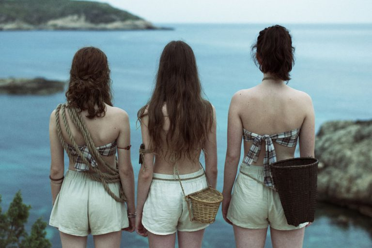 Exclusive: The Pearl Divers by Pictoresq - C-Heads Magazine